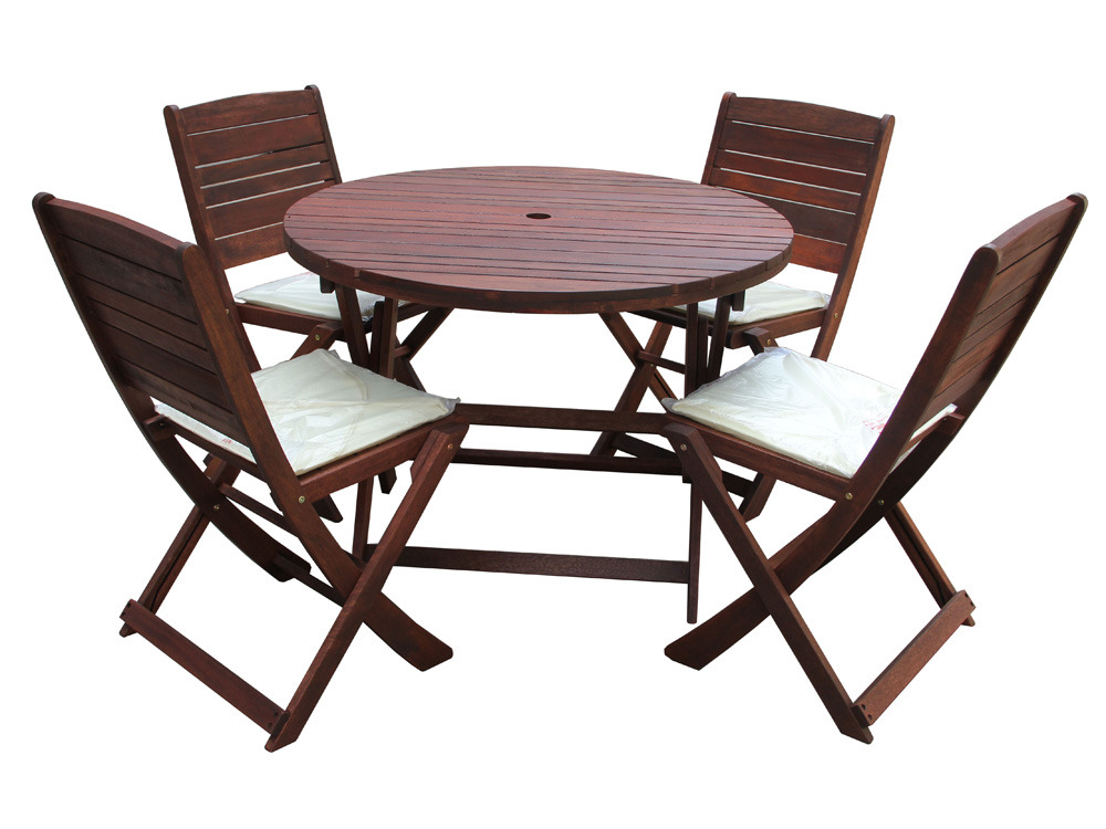 salon de jardin en bois exotique chlo marron acajou table pliante 100 cm 4 chaises. Black Bedroom Furniture Sets. Home Design Ideas