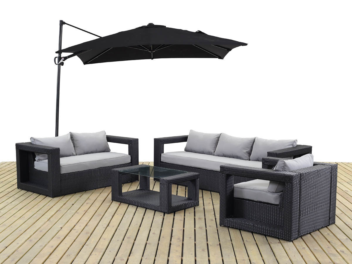 Trampolines tr buchets for Salon de jardin carre