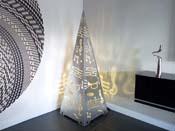 """Luminaire  """"Jour de fête"""" - 140  x 50  x 50 cm - Blanc"""