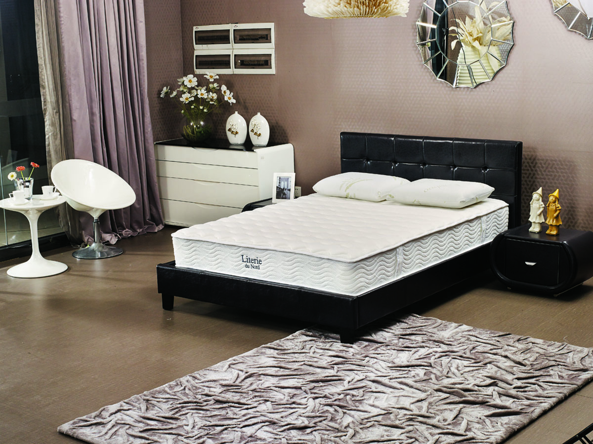 matelas ressorts et m moire de forme viva 140 x 190 cm 70067. Black Bedroom Furniture Sets. Home Design Ideas