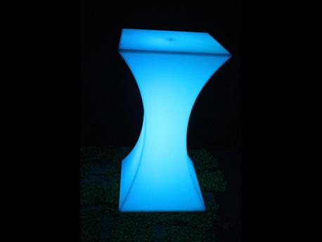 "Table lumineuse ""Festif"" - Led multicolore - 45 x 45 x 110 cm"