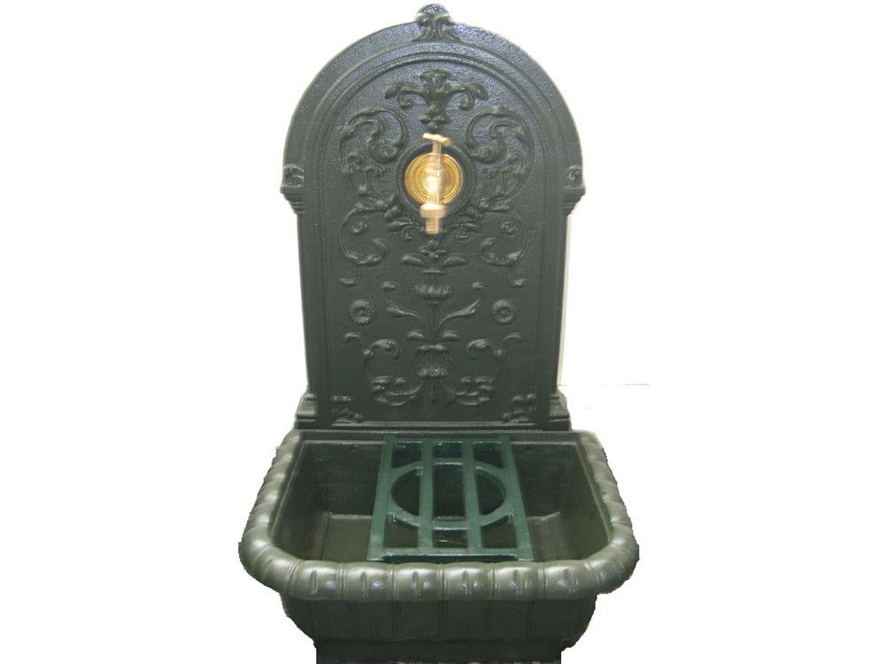 Fontaine belle epoque en fonte x x m - Fontaine exterieure fonte ...