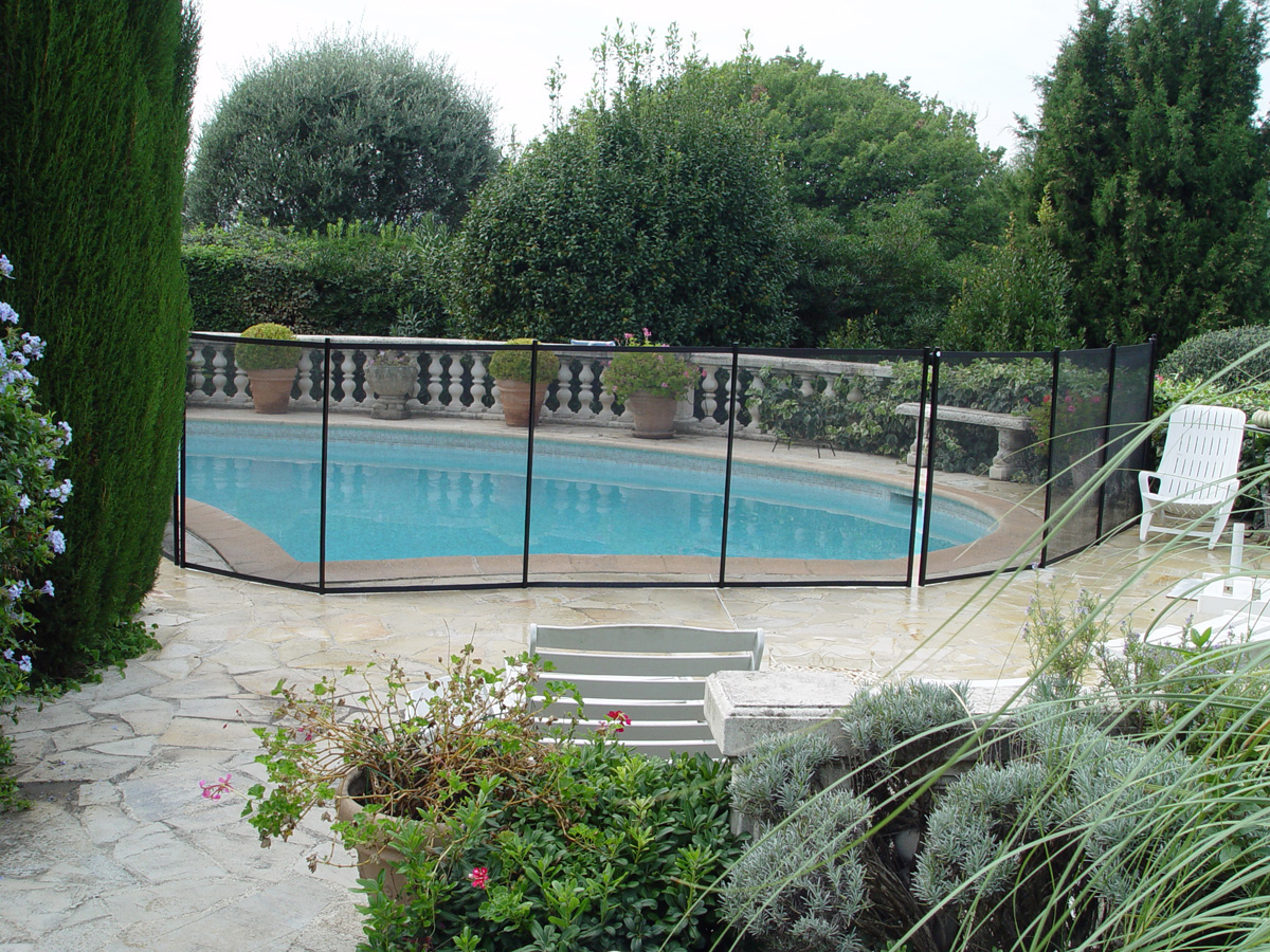Vente barri re piscine tritoo maison et jardin for Barriere piscine souple
