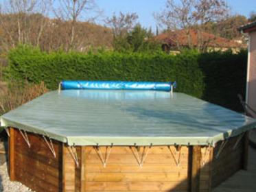 Piscine bois hawai x m 54963 for Bache piscine hors sol octogonale