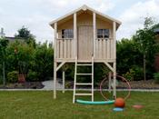Cabane pour enfants sur pilotis - 1.8 x 1.9 m