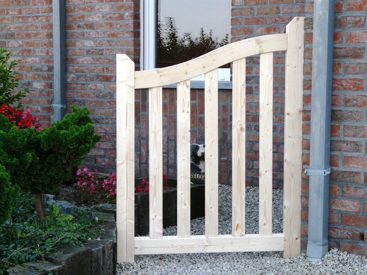 Bien choisir un portail pas cher conseils et comparateur for Portail bois jardin