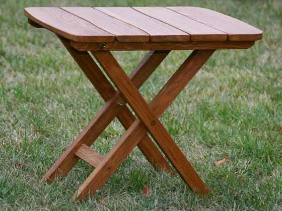 Table de jardin Western - L 40 x P 60 x H 50 cm