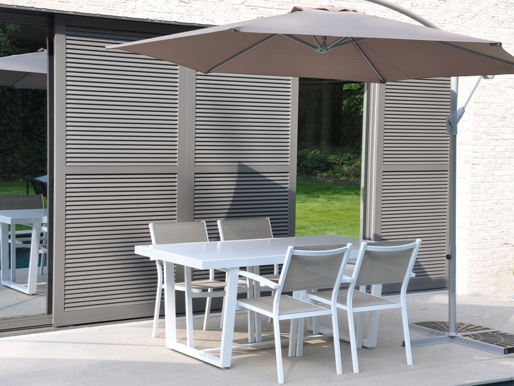 Salon de jardin en aluminium loft 1 table rectangulaire 4 fauteuils empilables 55476 for Avis table de jardin alu fibre de ciment