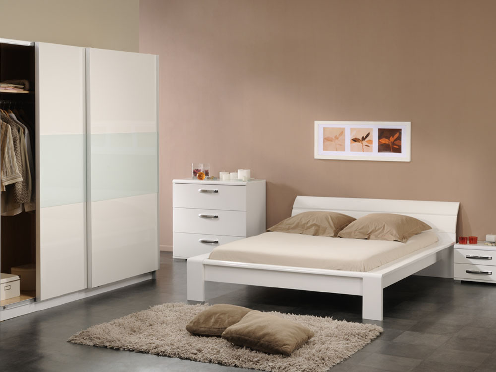 couleurs de chambre peinture votre simulation gratuite de. Black Bedroom Furniture Sets. Home Design Ideas