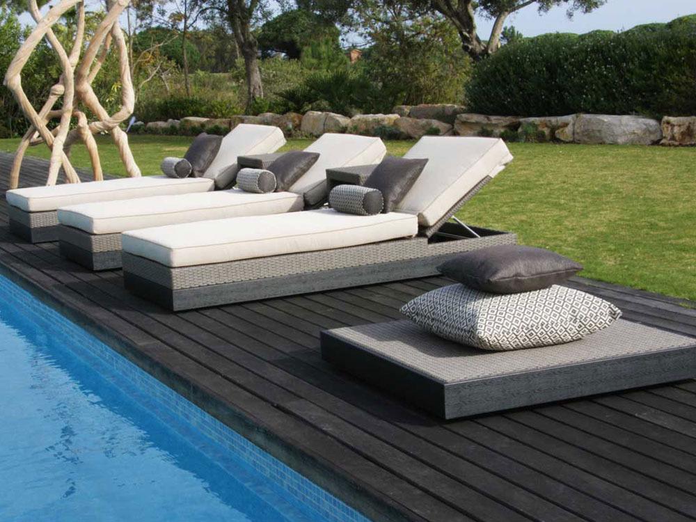 coussin pour bain de soleil taupe obtenez des id es. Black Bedroom Furniture Sets. Home Design Ideas