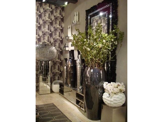 objets de d coration grand vase en m tal l 41 x h 100. Black Bedroom Furniture Sets. Home Design Ideas