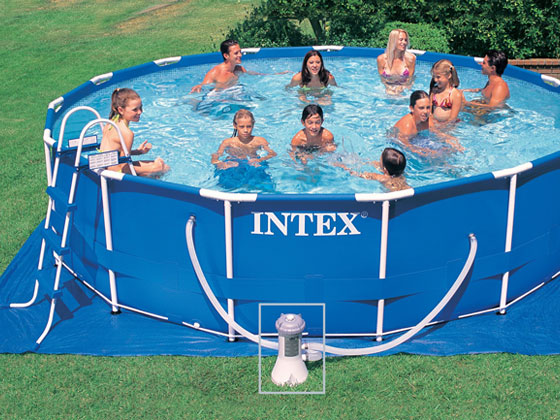 Piscine autoportante en kit tubulaire ronde m tal frame for Piscine intex tubulaire en solde