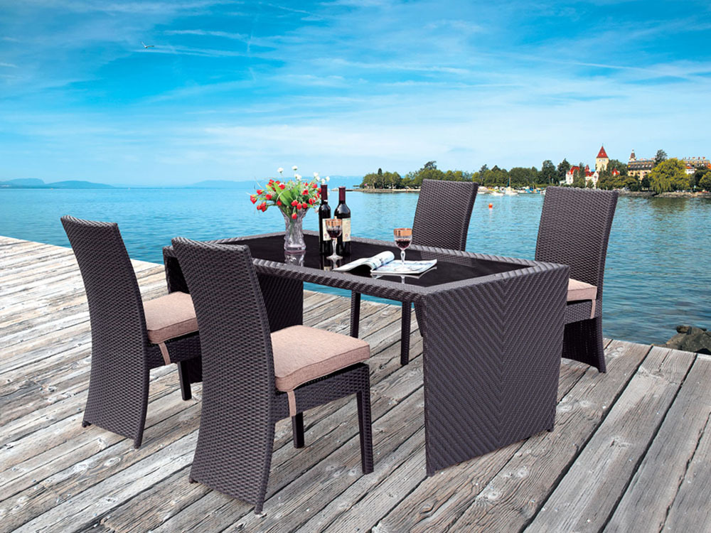 salon de jardin en r sine tress e main lucas table 4. Black Bedroom Furniture Sets. Home Design Ideas