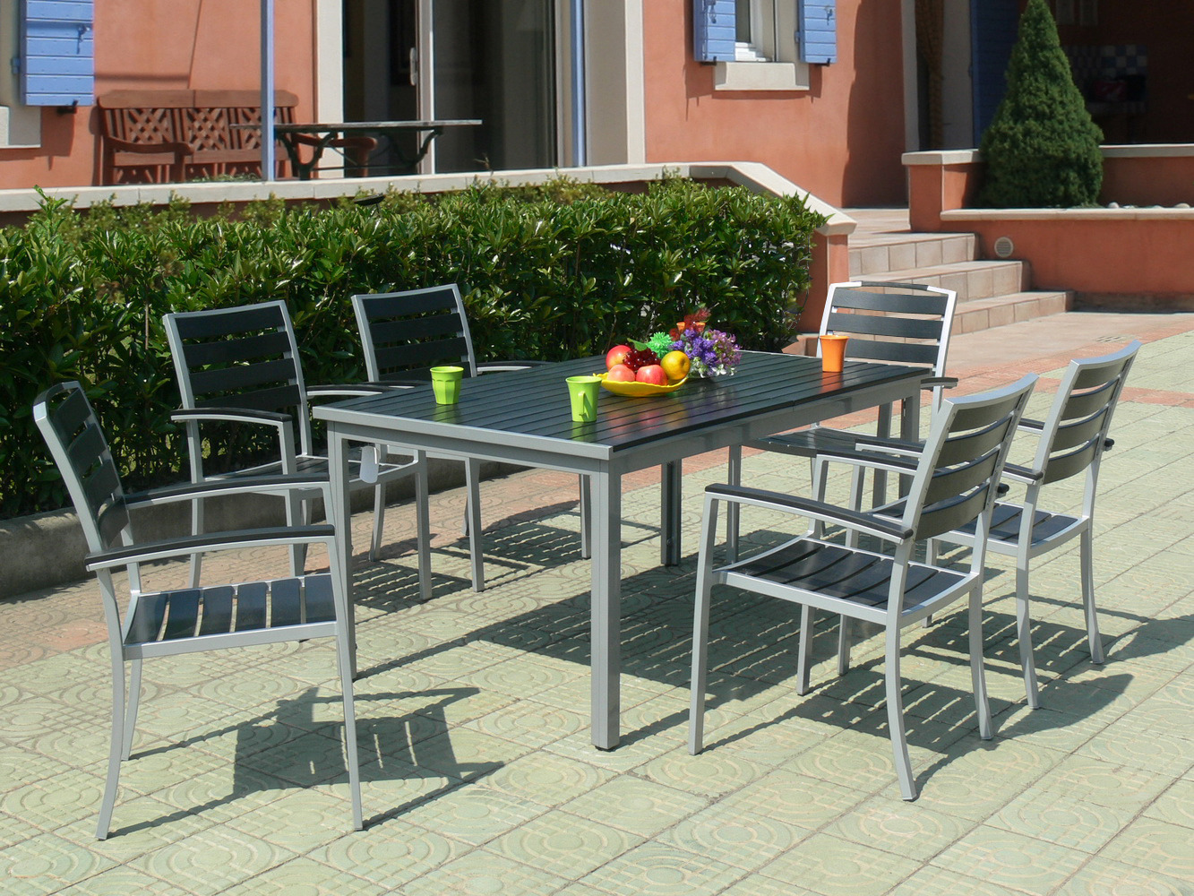 Salon de jardin alu bois composite 1 table 150 210 x - Table salon de jardin alu et composite ...