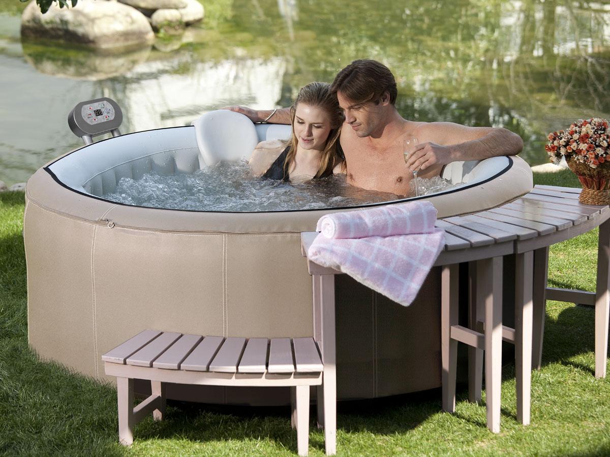 spa gonflable cannes en pvc 4 places beige 93118. Black Bedroom Furniture Sets. Home Design Ideas