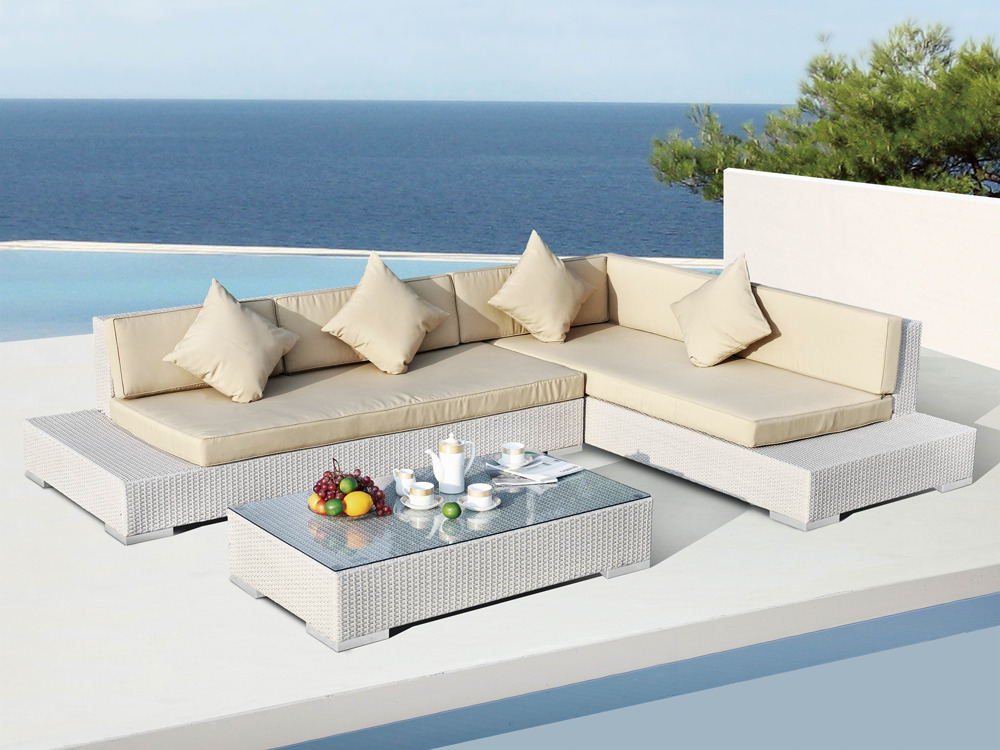salon de jardin denver en r sine tress e blanc beige. Black Bedroom Furniture Sets. Home Design Ideas