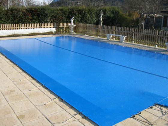 B che hiver enterr e s curitis eco pour piscine palma 66593 for Construction piscine hiver
